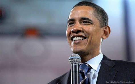 obama s barack obama net worth as he turns 55 gobankingrates
