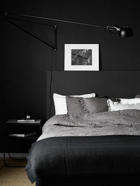 schwarze wand schlafzimmer w 228 nde gestalten gute argumente f 252 r die dunkle wandgestaltung
