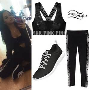 Becky g s clothes amp outfits steal her style page 2