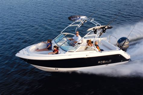 robalo boats r227 research 2009 robalo boats r227 on iboats