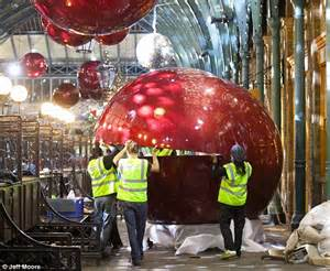Covent Garden Craft Market - behind the scenes as covent garden is decked out in giant decorations daily mail online