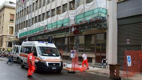 lavoro bari bari due incidenti mortali sul lavoro un operaio 232