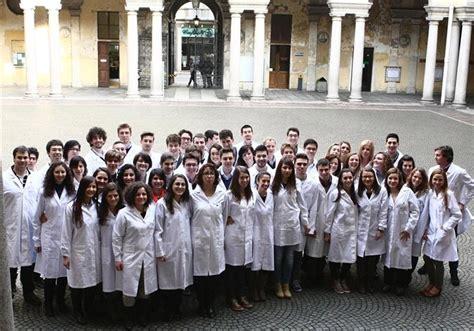 medicina e chirurgia pavia ammissione corsi laurea medicina test selettivo scade il