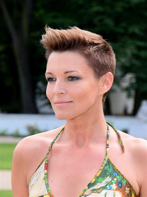 2 inch haircuts for women 24 short haircuts for women just to get model look fash