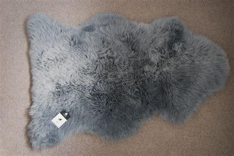 gray sheepskin rug grey sheepskin rug roselawnlutheran
