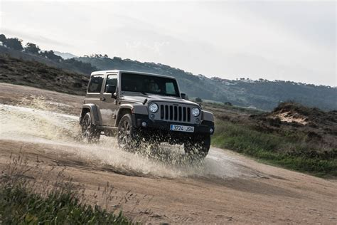 road jeeps jeep wrangler road review average joes