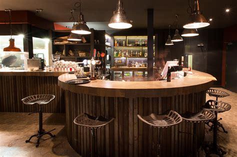 Spitfire Simple Simon Design Restaurant Amp Bar Design
