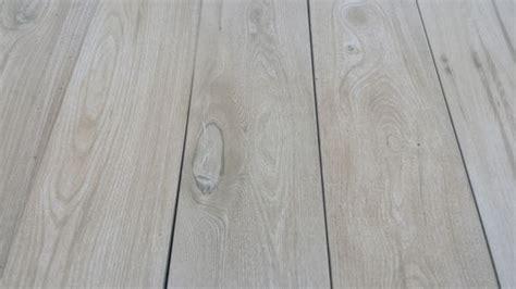 immagini pavimenti gres porcellanato effetto legno pavimento bagno finto legno foto bagno con pavimento in