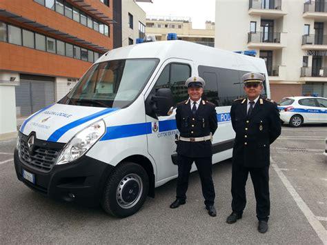 ufficio polizia municipale fiumicino in funzione un nuovo ufficio mobile per la