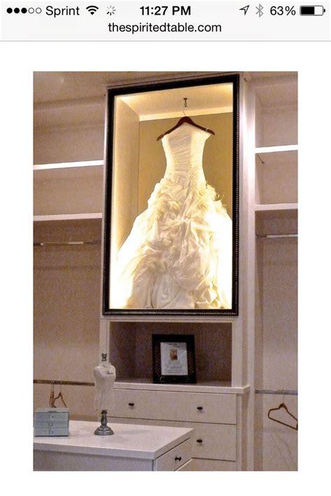 hochzeitskleid im rahmen die besten 25 wedding dress shadow box ideen auf