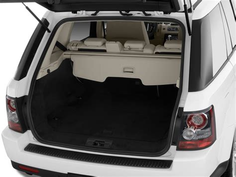 land rover discovery sport trunk image 2010 land rover range rover sport 4wd 4 door hse