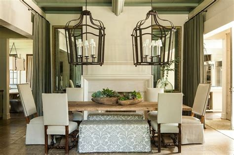 farmhouse dining room lighting la d 233 co cagne chic s invite dans la salle 224 manger ideeco