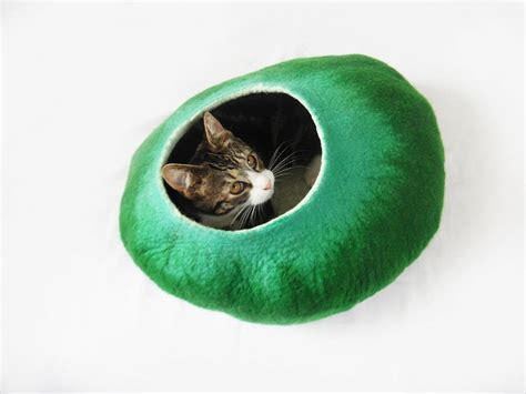 Handmade Cat Bed - in the meadow cat bed handmade from wool by lovecatcaves