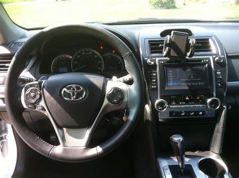 Toyota Camry 2014 Interior 2014 Toyota Camry Pictures Cargurus