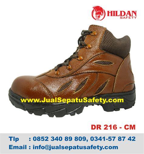 Sepatu Hiking Pria Terbaru Boot Gunung Sneaker Termurah 2r3r toko sepatu boots gunung termurah model terbaru jualsepatusafety