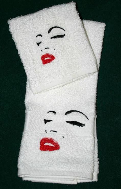 marilyn monroe bathroom accessories best 25 marilyn monroe bathroom ideas only on pinterest