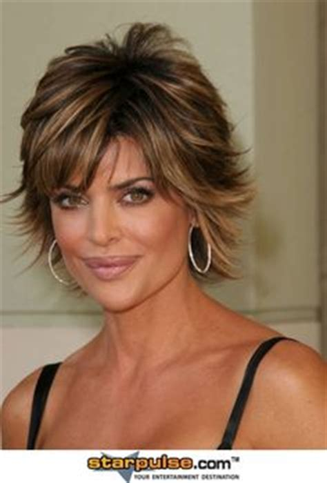 wild and glamorous hairstyles inspired by lisa rinna spectacular lisa rinna hairstyles hair cuts style