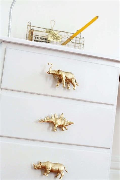 animal drawer pulls 21 diy plastic animal crafts to make from leftover toys
