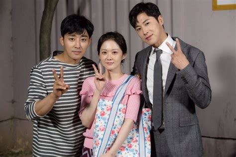 bioskopkeren go back couple go back couple korean drama 2017 고백부부 hancinema