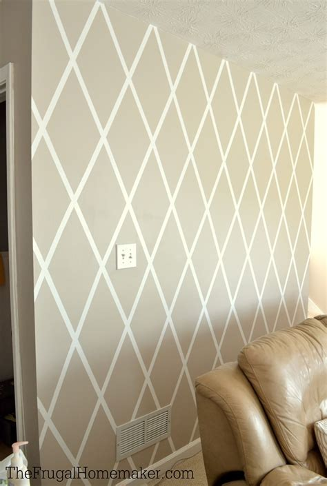 paint designs how to paint a diamond accent wall using scotchblue
