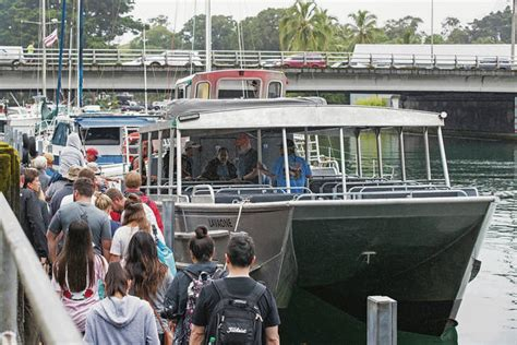 lava boat tour accident honolulu star advertiser hawaii news sports weather