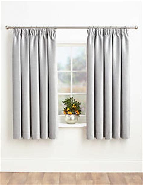 how long should bedroom curtains be rideaux rideaux fleuris rideaux transparents m s