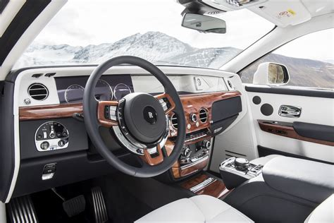 interior rolls royce first look 2018 rolls royce phantom viii canadian auto