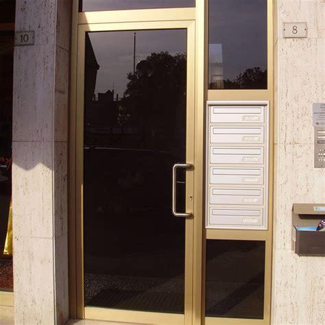 portone ingresso condominio portone d ingresso condominiale in alluminio porte