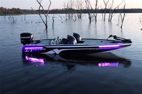 bass fishing with boat best 25 used bass boats ideas on pinterest bass fishing