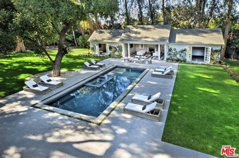 kyle richards house bye bye beverly hills kyle richards buys 8 3m encino
