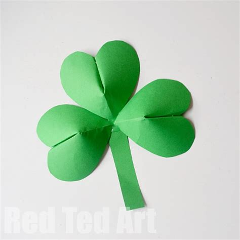 How To Make Paper Shamrocks - 3d paper shamrocks ted s