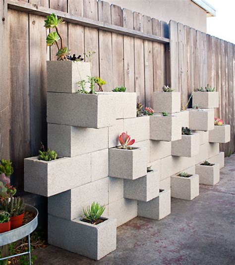 Creative Uses For Cinder Blocks Cinder Block Planter Wall
