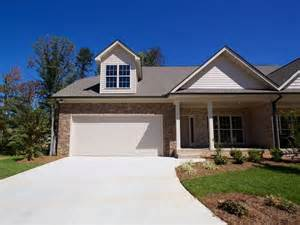 Luxury Homes Greensboro Nc Luxury One Level Homes Luxury One Level Town Home In Jamestown Greensboro Nc Real Esta