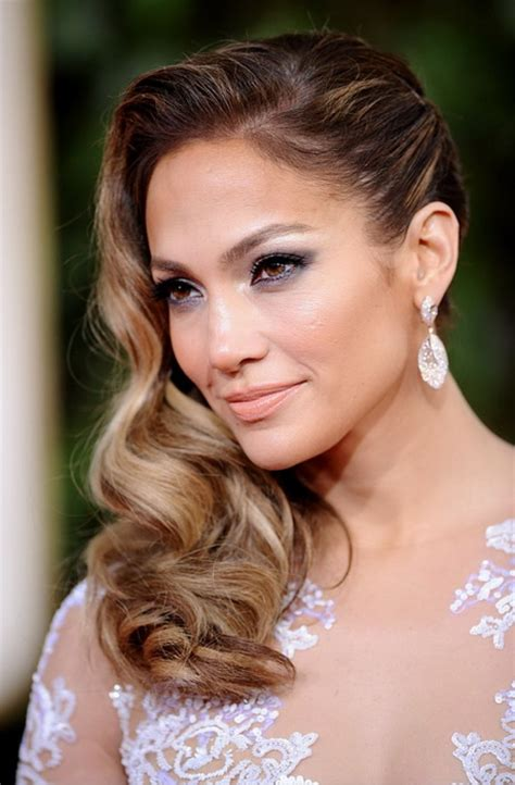 hairstyles for long hair red carpet jessica alba long wavy hairstyle 2013 2013 red carpet
