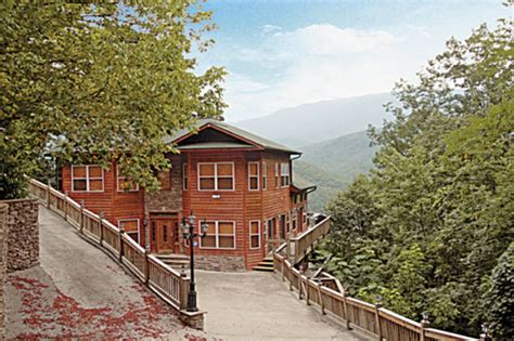 7 bedroom cabins in gatlinburg tn gorgeous 7 bedroom smoky mountain cabin vrbo