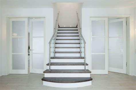 wohnung mit treppe wohnung mit treppe neu eingangsbereich mitteltreppe haus