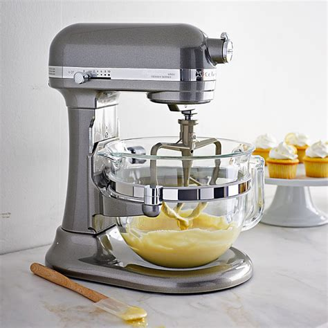 Designer Kitchen Aid Mixers Kitchenaid Professional 6500 Design Series Stand Mixer So That S Cool