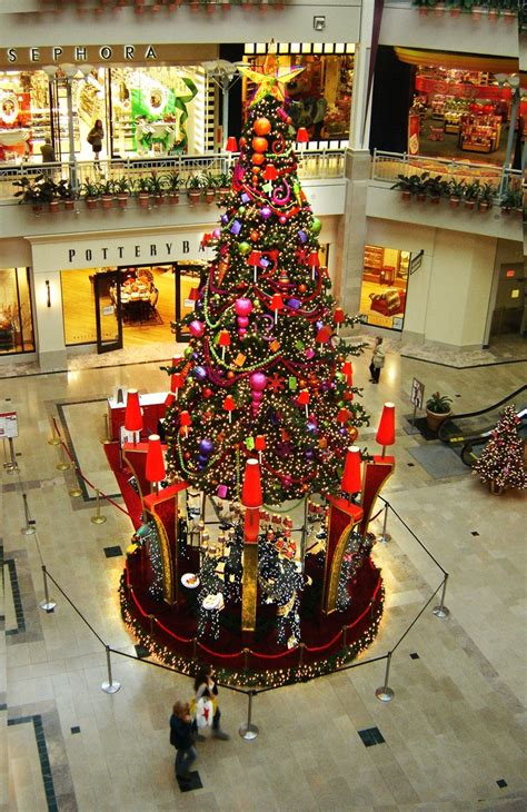 17 best images about commercial holiday decor on pinterest