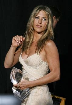 Aniston To Play On Dirt by Aniston Will Guest On Dirt
