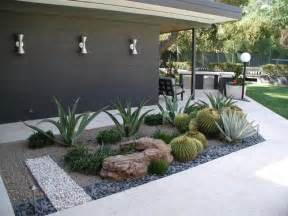 25 best ideas about mid century landscaping on