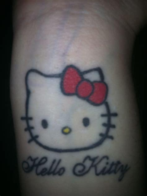 tattoo hello kitty jogja hello kitty tattoo on wrist fuck yeah pinterest