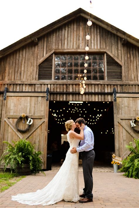 top wedding locations in carolina top barn wedding venues south carolina rustic weddings