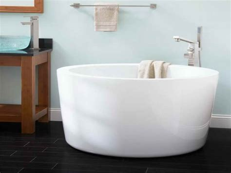soaking in bathtub unique japanese soaking tub kohler homesfeed