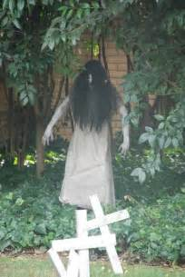 Halloween Decor Ideas Outdoor Very Scary Outdoor Halloween Decoration