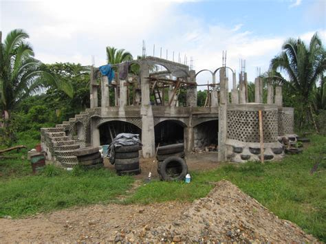 Creole House Plans by Building Belize S First Earthship Alongside The Mayan