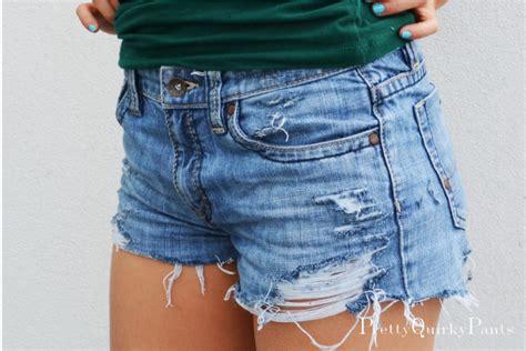 diy distressed shorts tutorial pretty diy distressed cut shorts