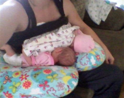 c section breastfeeding pillow 9 best twin z breastfeeding and bottlefeeding images on