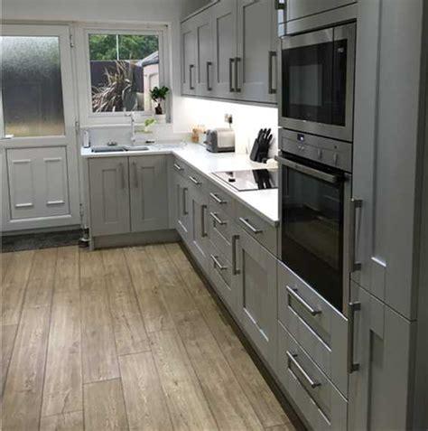 quickstep bathroom laminate flooring quickstep impressive scraped oak grey brown