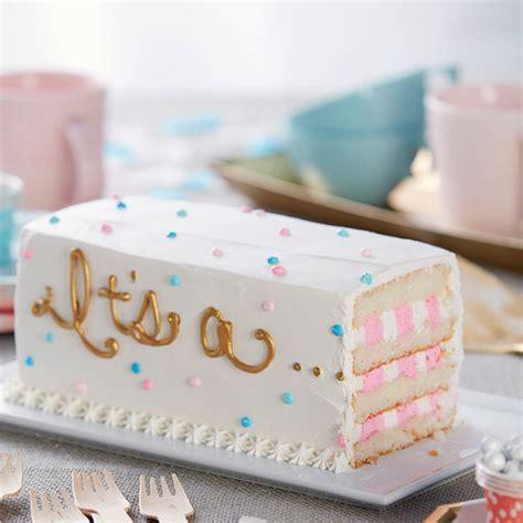 It?s aGender Reveal Cake   Wilton