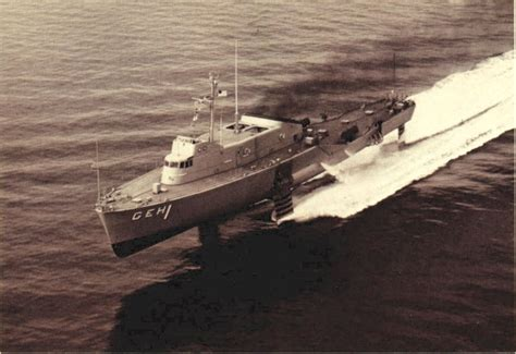 largest hydrofoil boat uss plainview ageh 1 wikipedia